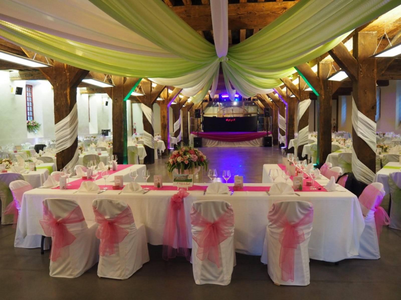 Fleuriste Pour La Decoration De Votre Salle De Reception Mariage